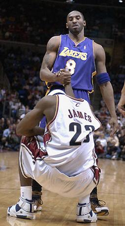 Kobe Bryant and Lebron James in this funny photo.jpg