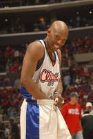 Funny pic of Sam Cassell tucking in his uniform.jpg