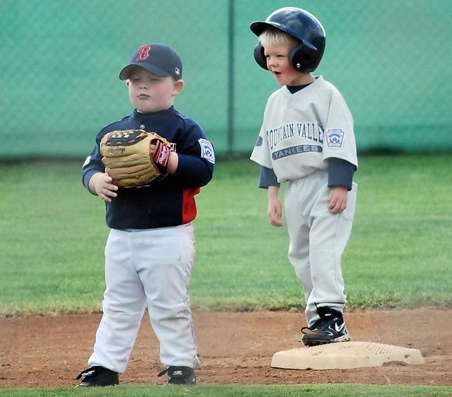 Funny picture of two kids playing baseball.jpg